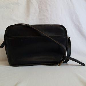 Vintage Coach 1980s Black Leather Crossbody Purse